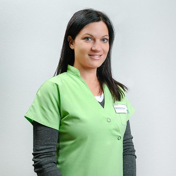 Melanie Furrer | Eidgenössisch diplomierte Apothekerin Apotheke Dr. Guntern Brig